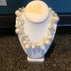 Jewelry - Faux pearl and clear bead necklace with ribbon tie